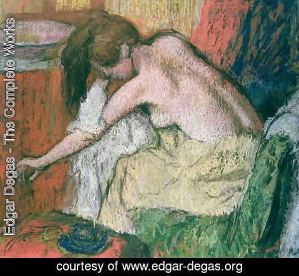 Edgar Degas - Woman drying herself, 1888-89