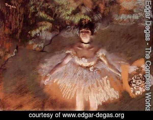 Edgar Degas - Dancer Onstage with a Bouquet