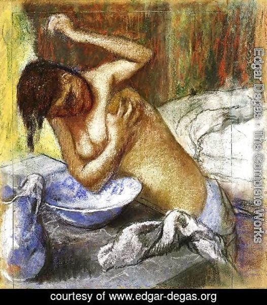 Edgar Degas - Woman Sponging Her Chest