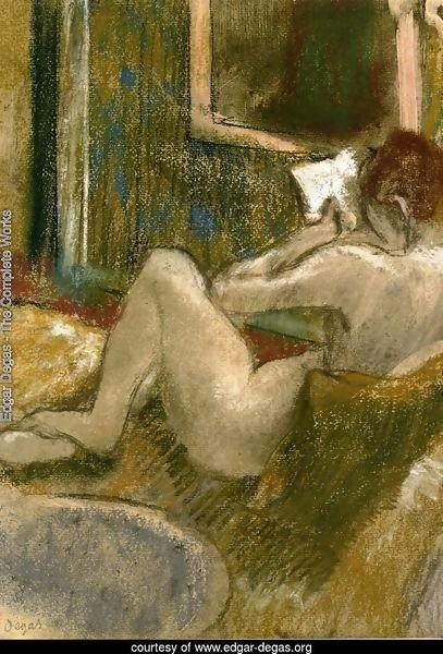 Nude from the Rear, Reading