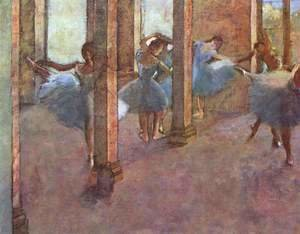 Dancers in the entrance hall